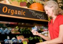 woman-shopping-for-organic-food